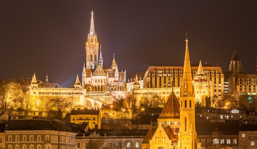 Discover Budapest on a Guided tour