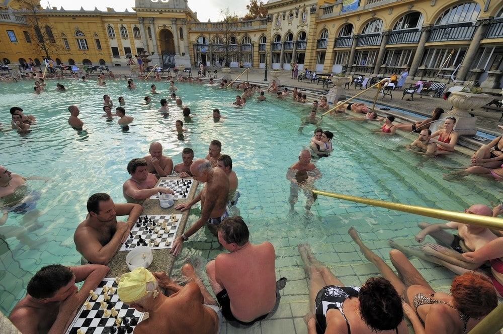 Do not forget that you can enjoy hot sprints outdoor in the Szechenyi thermal bath, also on a snowy January day!