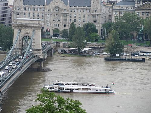 Flood and Chain Bridge