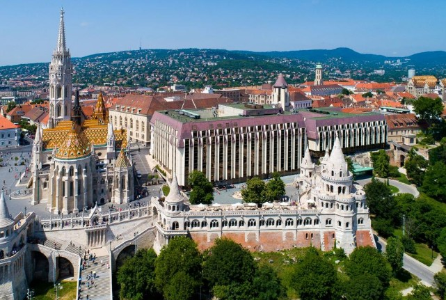 Hilton Buda is located at one of the most beautiful locations in all of Budapest.